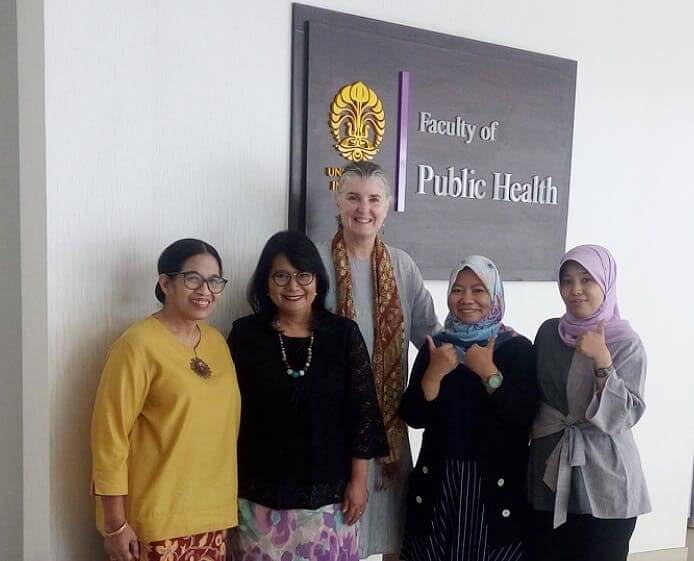 The author with the UI study team. Left to right: Ratna Djuwita, Asri Adisasmita, Robin Johnson, Septyana Choirunisa, and Trisari Anggondowati.