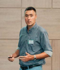 Photo of Dr. Stevan Armakovic